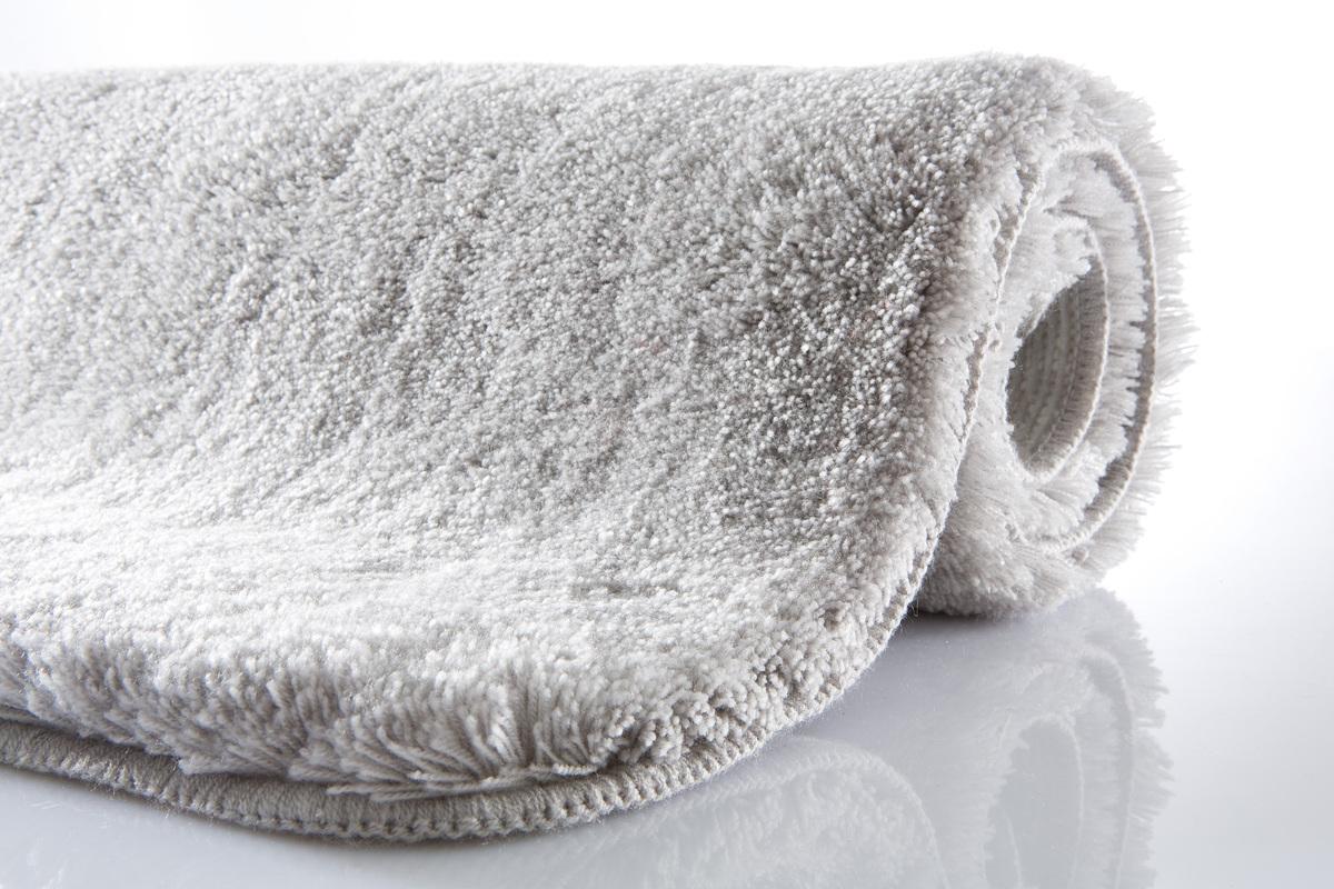 kleine wolke badteppich relax grau rutschhemmender. Black Bedroom Furniture Sets. Home Design Ideas
